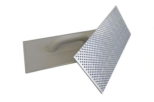 Schleifbrett mit Stahlraspeln