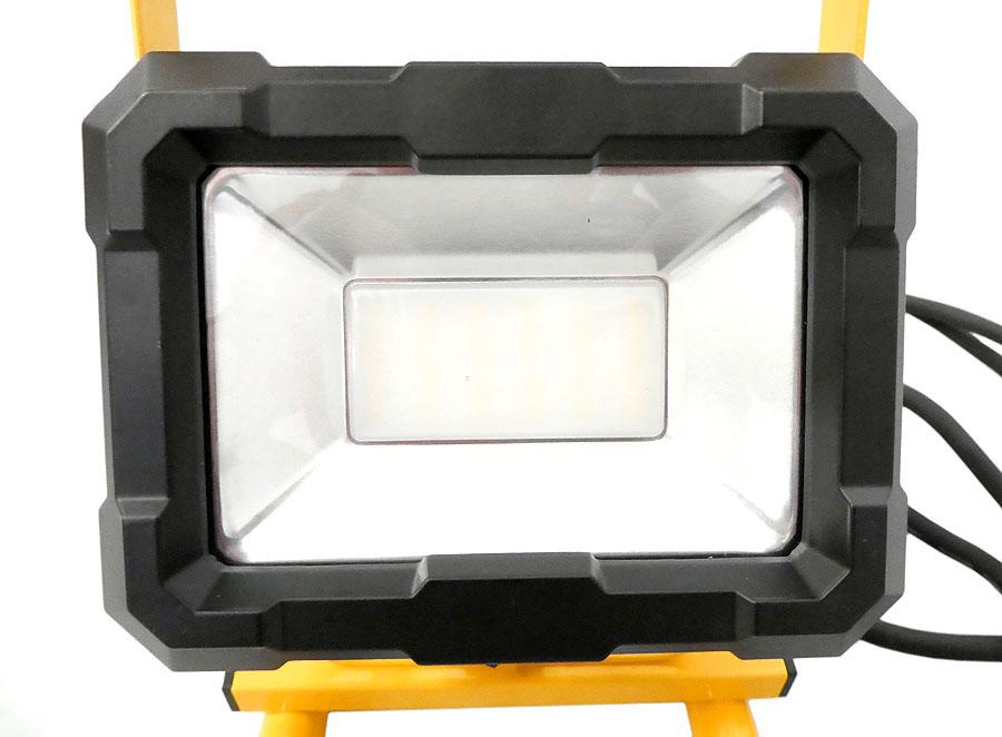 LED Strahler gelb 30W, IP65 mit Standfuss